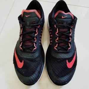 Nike FS Lite athletic shoes